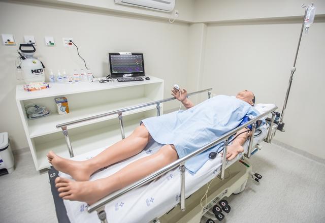 Novo espaço irá receber acadêmicos, residentes, médicos e demais profissionais da saúde com o que há de mais moderno em treinamento de procedimentos clínicos e cirúrgicos. Fotos:  Guz Schneider