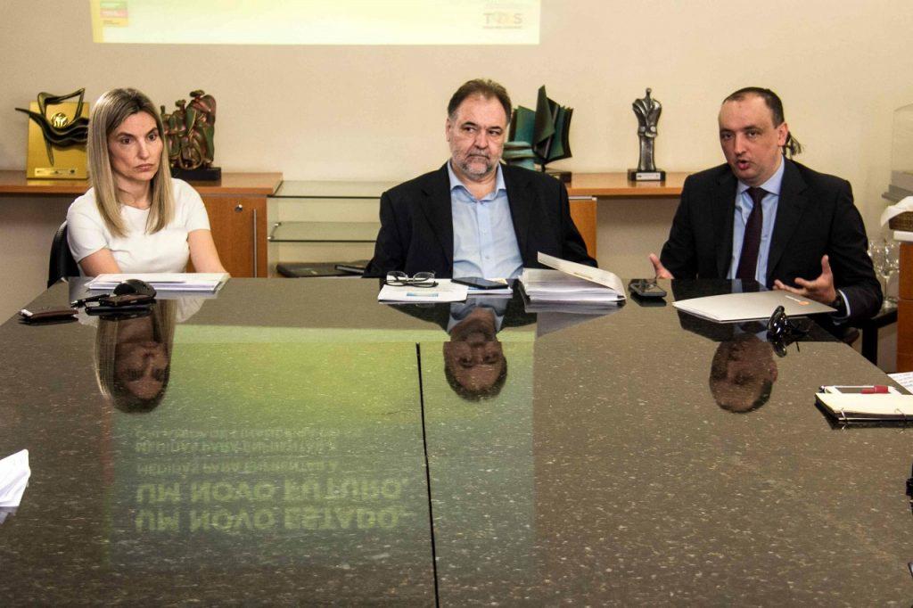 Luciana Martins, Carlos Búrigo e Cléris Bevegnú. Fotos: Jackson Ciceri/O SUL