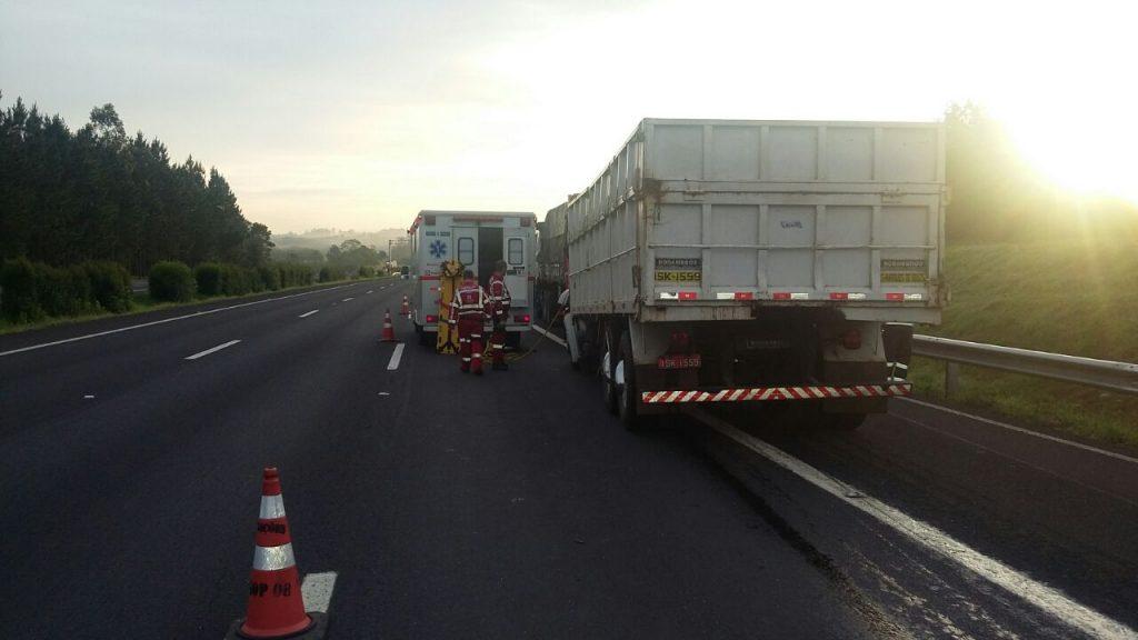 Acidente ocorreu por volta das 6h30min (Foto: PRF/Divulgação)