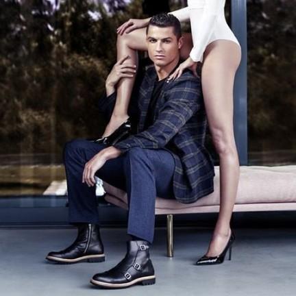 2ea77a870 Cristiano Ronaldo lança mais uma coleção de sapatos com modelos que custam  até 2 mil reais