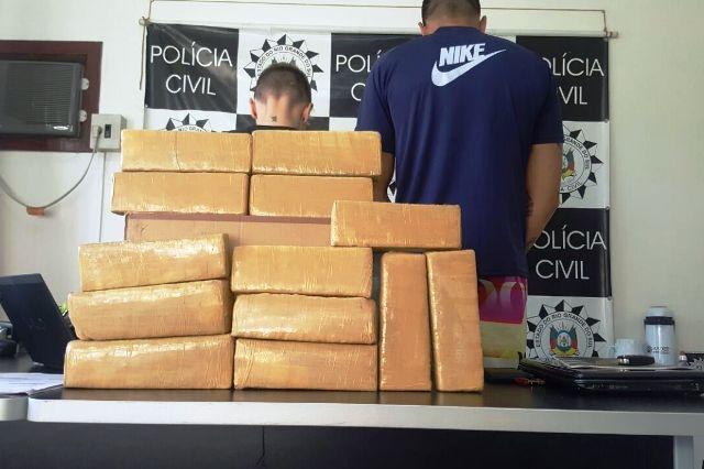 Dez quilos de maconha foram apreendidos (Foto: Polícia Civil/Divulgação)