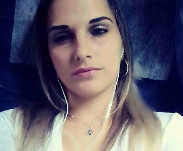 Vítima foi atacada quando chegava em casa. (Foto: Reprodução/Facebook)