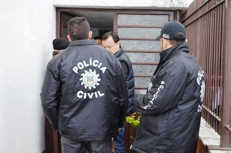Participaram da operação 50 policiais do Denarc e uma equipe do Serviço de Apoio Aéreo. (Foto: Polícia Civil/ Divulgação)