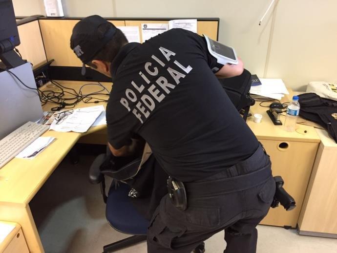 Foram cumpridos quatro mandados de busca e apreensão em Porto Alegre e Canoas (Foto: PF/Divulgação)