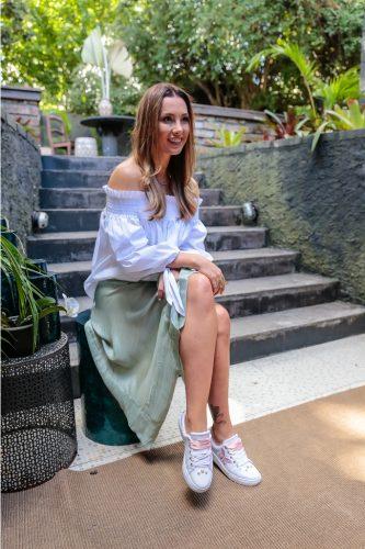 Claudia Bartelle esteve nos espaços da Vanilla, de Evelise Peixoto, para lançar a nova coleção que assina em parceria com a Azaleia. (Foto: Vinni Dalla Rosa/divulgação)