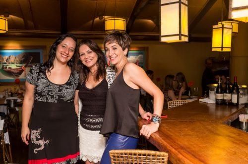Maria Amélia Duarte Flores, Vania Diniz e Daniela Zuin nos espaços do Koh Pee Pee. (Foto: Pedro Antonio Heinrich/especial)