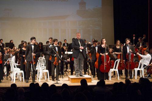 Ao longo dos anos, a Orquestra Jovem do Rio Grande do Sul tem sido uma ferramenta de combate às más influências para muitos jovens gaúchos. (Foto: Isaias Mattos/divulgação)