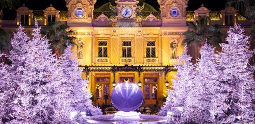 Pronta para o natal: a Place du Casino de Monte-Carlo. (Foto: Reprodução)