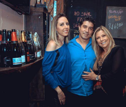 Mari Lemos, Ana Diehl e Iuri Lemos. (Foto: Douglas Santos/divulgação)