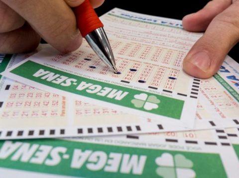 Aposta única ganhará mais de R$ 28 milhões. Os números sorteados foram 03, 06, 14, 15, 21 e 25. (Foto: Reprodução)