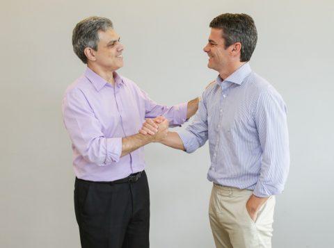 Julio Mottin Neto, da Dimed (E) e João Paulo Ferreira, da Natura (D) .Credito: Cassius Souza