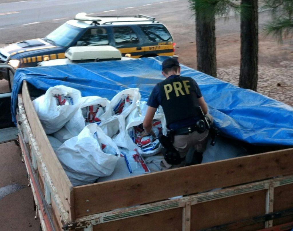 Uma das apreensões ocorreu na BR-153 (Foto: PRF/Divulgação)