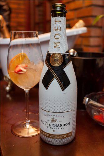 A elegante garrafa de Chandon Ice, um dos sucessos do verão. (Foto: Pedro Antonio Heinrich/especial)