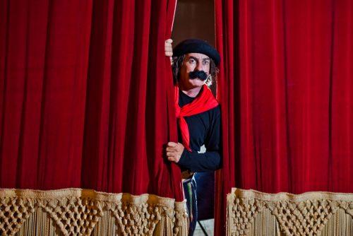 Interpretado pelo humorista Jair Kobe, o Guri de Uruguaiana é um dos destaques do Porto Verão Alegre. (Foto: Reprodução)