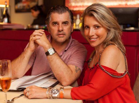 Tatiane Martins e Miguel Angelo Martins em noite festiva no Restaurante Le Bateau Ivre.  (Foto: Pedro Antonio Heinrich/especial)