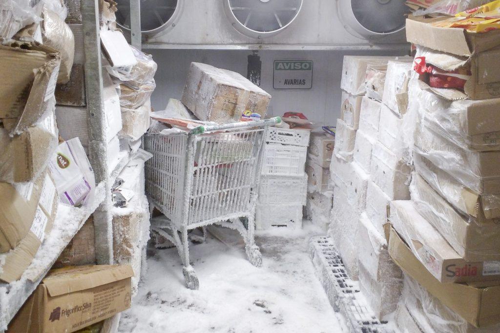 Também foram constatadas más condições de armazenamento nas dependências internas. (Foto: Divulgação / PMPA)