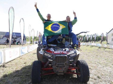 O Rally Dakar 2017 se encerrou neste sábado depois de duas semanas atravessando a América do Sul pelos terrenos belos e desafiadores de Paraguai, Bolívia e Argentina. Leandro Torres e Lourival Roldan são campeões dos UTVs. (Foto: Florent Gooden/Facebook Rally Dakar)