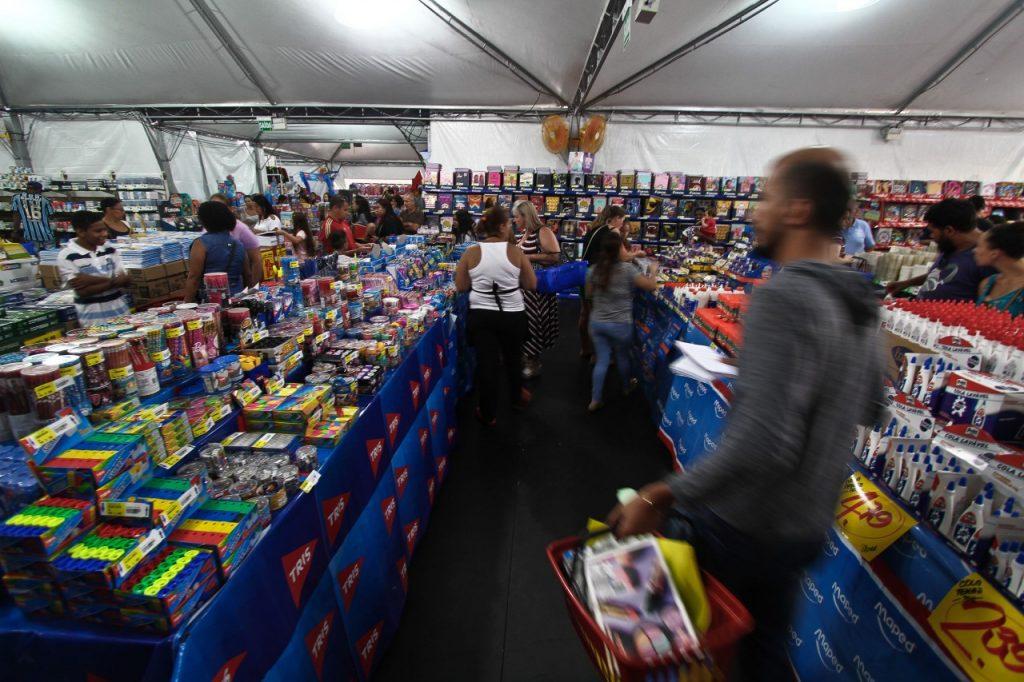 Evento, que vai até 4 de março, oferece preços 30% abaixo do mercado. (Crédito: Helena Rocha/PMPA)