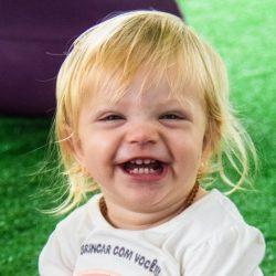 Clara Aydos Biancamano , 3 anos , pais Paulo Eduardo Biancamano e Alice Aydos Biancamano , de Xangri-lá , no Sesc de Atlântida  .