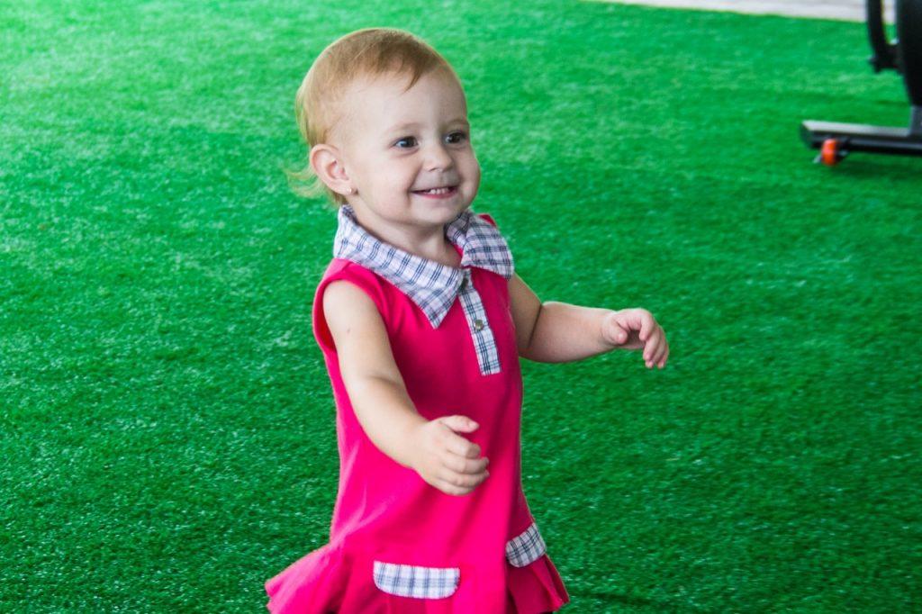 Julia De Carli Wolff , 1,1 anos , pais - fabio Wolff e Malina De carli ,  de São Leopoldo no Sesc Atlântida  . FOTO - Jackson Ciceri
