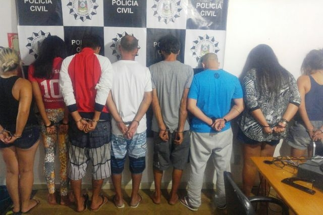 Oito suspeitos foram presos (Foto: Polícia Civil/Divulgação)