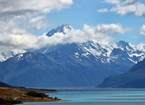 Monte Cook, com 3,7 mil m, é o mais alto da ilha Sul da Nova Zelândia – e da Zelândia. (Foto: AFP)