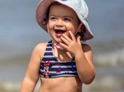 Betina Breitmann , 2 anos , pais - Pedro Breitmann e Aline Canto. De POA em AtLãntida    FOTO - Jackson Ciceri