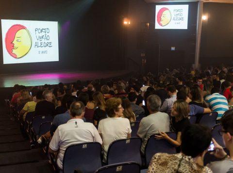 Com bom público presente, o espetáculo aconteceu no Teatro da AMRIGS. (Foto: Pedro Antonio Heinrich/especial)