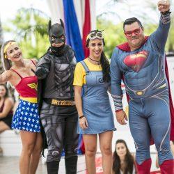 Estilo heroico: com a temática super-herói, o público pode se vestir à vontade para curtir a festa na ilha. (Foto: Divulgação)