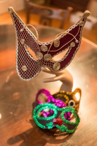 """A máscara """"Fantasma da Ópera"""", criada por Cattani, o estilista das belas fantasias, assinalou uma festa memorável nas crônicas de Porto Alegre. (Foto: Pedro Antonio Heinrich/especial)"""