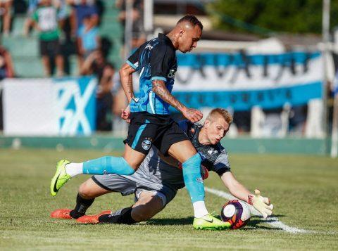 Com a vitória, o Tricolor chega aos 10 pontos, na terceira colocação. (Foto: Lucas Uebel/Grêmio)