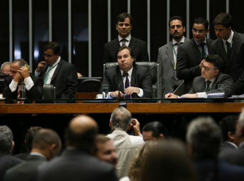 Há falta de consenso entre os parlamentares sobre contrapartidas dos Estados (Foto: Fabio Rodrigues Pozzebom/Agência Brasil)