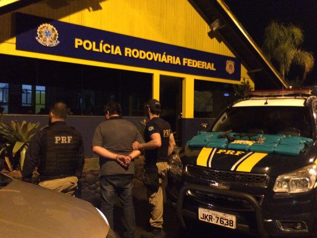 Criminoso disse que receberia R$ 5 mil pelo transporte (Foto: PRF/Divulgação)