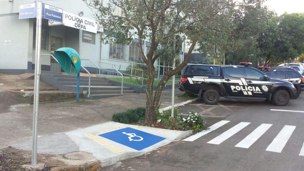 Polícia Civil de Santa Rosa encaminhou os menores para o Ministério Público, que determinou a internação. (Foto: Polícia Civil/Divulgação)