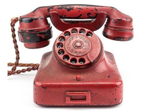 Telefone usado por Adolf Hitler será leiloado neste domingo nos Estados Unidos. (Foto: Reprodução)
