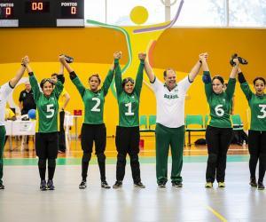 Time brasileiro agradece ao público pelo apoio (Foto: Leandro Martins/CPB/MPIX)