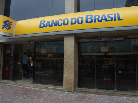 Banco do Brasil anunciou que instalou redes wi-fi em mais de 300 agências pelo País no primeiro trimestre deste ano.