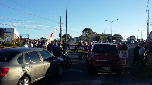 Protesto na BR-116, em Caxias do Sul (Foto: PRF/Divulgação)