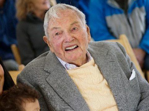 A revista Forbes atribuía a David Rockefeller, uma fortuna de US$ 3,3 bilhões. (Foto: Reprodução)