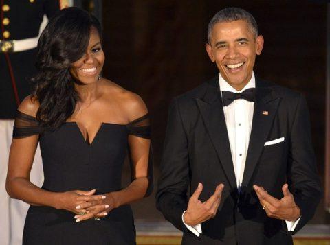 Michelle e Barack Obama assinaram acordo para publicarem livros pela editora Penguin. (Foto: Reprodução)