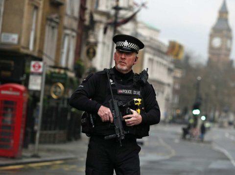 Segurança foi reforçada em Londres (Foto: Reprodução)