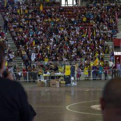 Em assembleia, professores decidiram paralisar as atividades (Foto: Cpers/Divulgação)