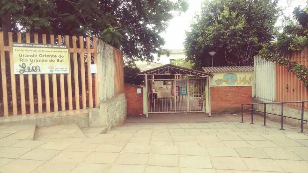 Associação de Moradores do Bairro Rubem Berta realizará protesto nesta sexta-feira, às 8h, em frente a escola Grande Oriente. (Foto: Amorb/Divulgação)
