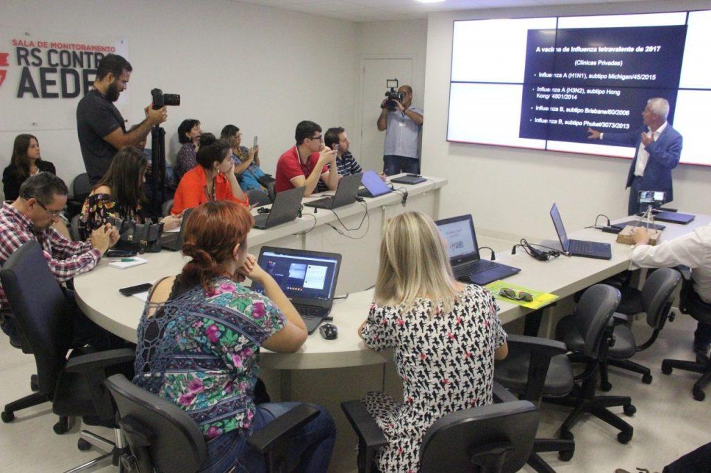 Anúncio foi feito pelo secretário da Saúde, João Gabbardo dos Reis, durante coletiva de imprensa (Foto: Mírian Barradas/SES)