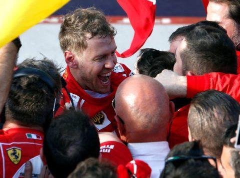 Estratégia da Ferrari ajudou o piloto a subir no topo do pódio (Foto: Brandon Malone/Reuters)