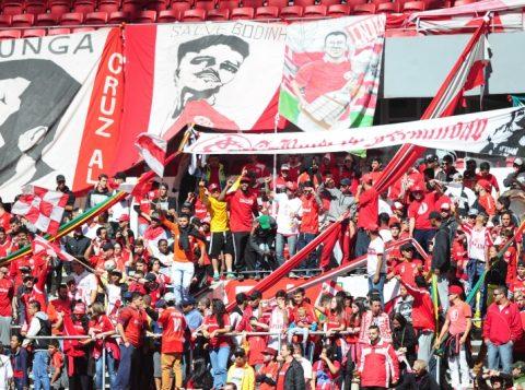 Cerca de 1,5 mil torcedores estiveram no Beira-Rio nesse sábado. (Foto: Ricardo Duarte/Internacional)