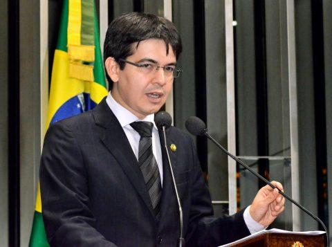 O relator Randolfe Rodrigues incluiu a matéria na pauta dessa quarta-feira. (Foto: EBC)