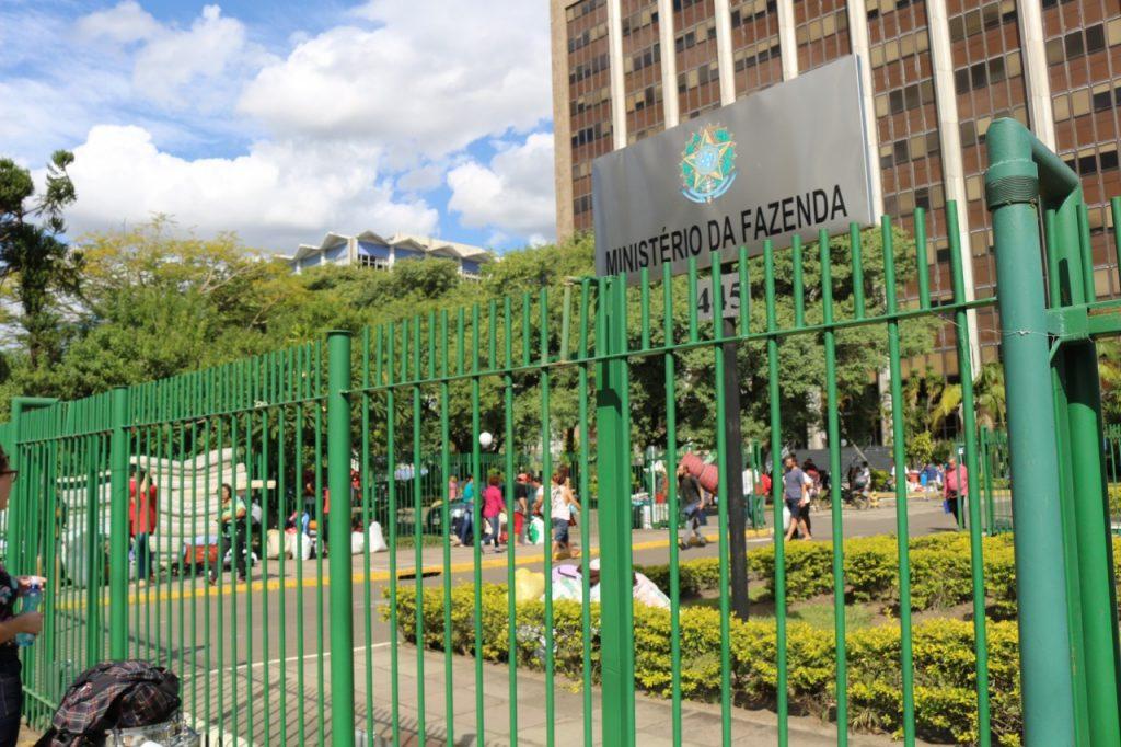 Ministério da Fazenda em Porto Alegre (Foto: Divulgação/MST/RS)