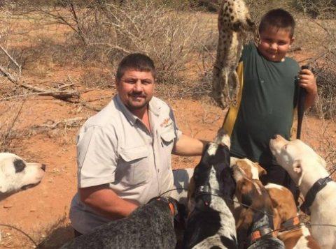 O caçador sul africano Scott van Zyl desapareceu em um safári no Zimbábue (Foto: Reprodução/Facebook)