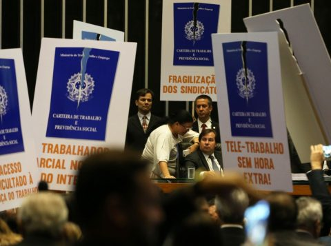 Governo tem uma margem de, pelo menos, 191 deputados para negociar o voto a favor da reforma. (Foto: Antonio Cruz/Agência Brasil)
